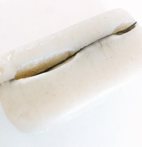 石けんがひび割れました。