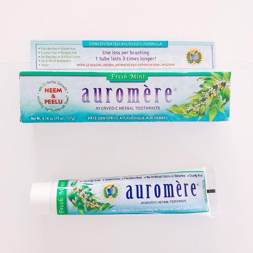 アーユルヴェーダの歯磨き粉「Auromere(オーロメア)」